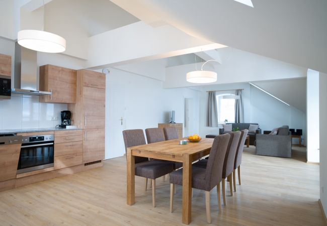Apartment in Zell am See - Villa Julia - Penthouse Suite at the lake