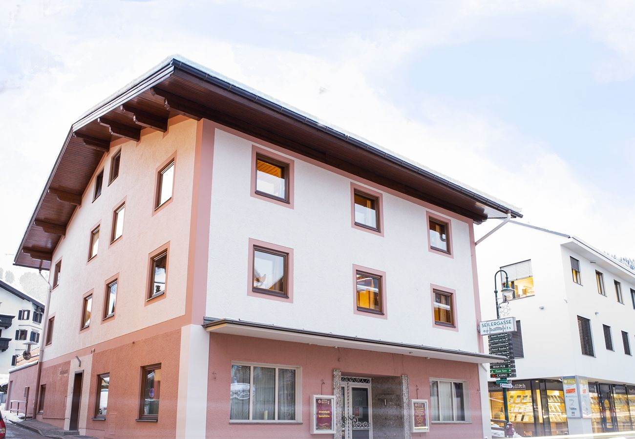 Apartment in Zell am See - Seilergasse Central apartment 3