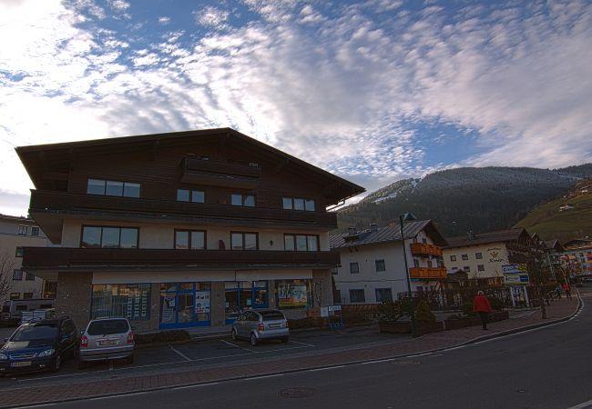 Ferienwohnung in Zell am See - Alpz Studio 9 near lake Zell