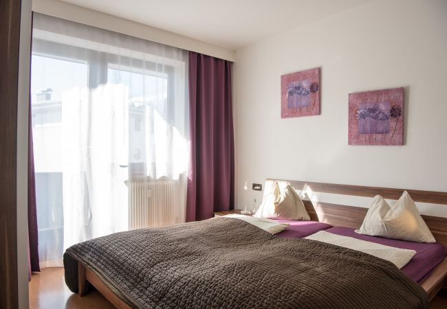 Ferienwohnung in Zell am See - Alpz Apartment 6 - in between lake and mountain