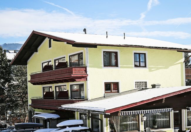 Zimmeranmietung in Zell am See - Mary's Landhotel - DELUXE double room B