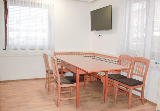 Ferienwohnung in Zell am See - JM white lake garden apartment